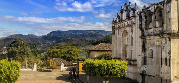 Visita a la Casa Arzobispal de San Juan del Obispo